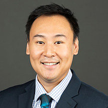 Dr. Tailun Zhao, MD is a vitreoretinal surgeon.